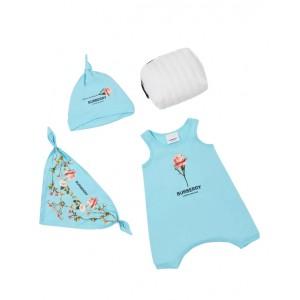 Three-piece baby gift set in blue