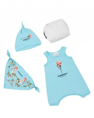Three-piece baby gift set in blue