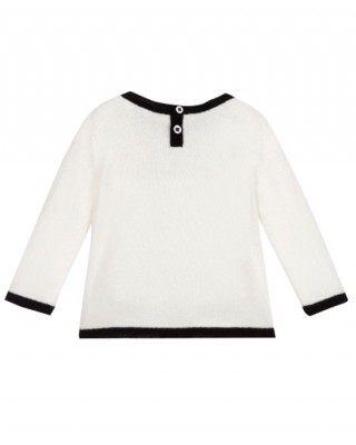 Cashmere sweater in milk white