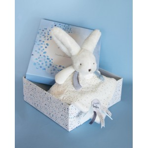 HAPPY GLOSSY White comforter with pompom
