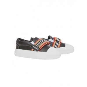 Icon stripe slip-on sneakers